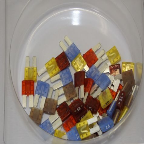 Assorted Selection of Micro 2 Fuses (AB.26)