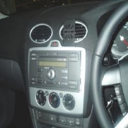 Dashmount Ford Focus Vent '05
