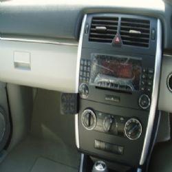 Dashmount Mercedes B Class '05
