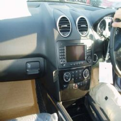 Dashmount Mercedes ML 2006 - 2011