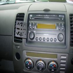 Dashmount Nissan Navara >06