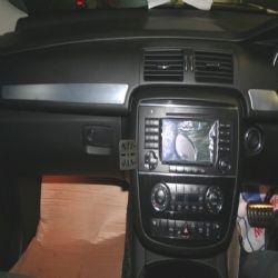 Dashmount Mercedes R Class