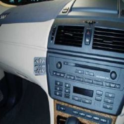 Dashmount BMW X3 E83 > Sep 2010