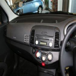 Dashmount Nissan Micra 2003>