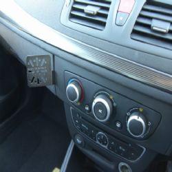 Dashmount Renault Megane III