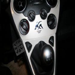 Dashmount Ford Ka 08>