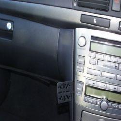 Dashmount Toyota Avensis 03 C