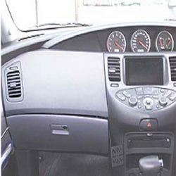 Dashmount Nissan Primera 02