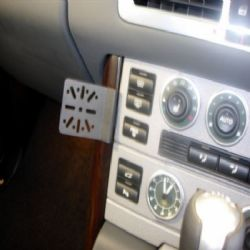 Dashmount Range Rover Es 02