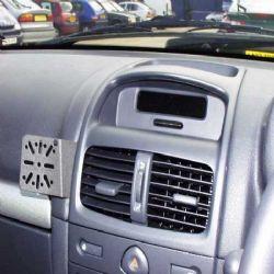 Dashmount Renault Clio