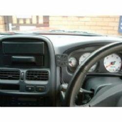 Dashmount Nissan Kingcab & Navara