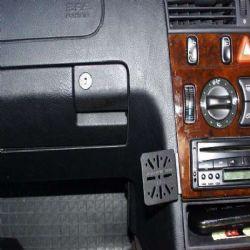 Dashmount Mercedes C Class Con