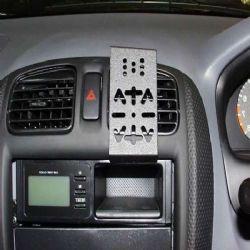 Dashmount Mazda 323 Vnt 07/98