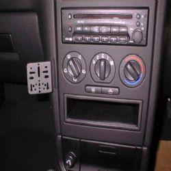 Dashmount Vxhall Astra 98
