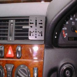 Dashmount 71667 Mercedes C-Class (W202) 1993-2000