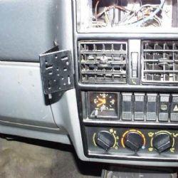 Dashmount 71811 Renault 19 >1992