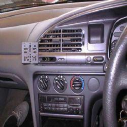Dashmount 71877 Ford Mondeo 1993 - 1996