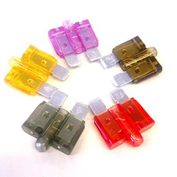 Assorted Blade Fuses With LED Indicator