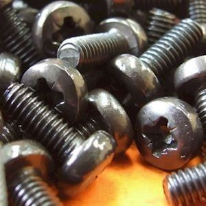 M4 X 20mm Machine Screws Phillips Black (MET.3P)