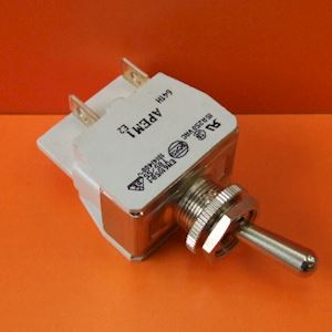 Switch-Toggle On/Off 15amp 250V Double Pole Chrome (SL.3)